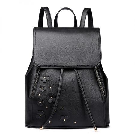 Plecak damski zamiast torebki – jak i z czym nosić?